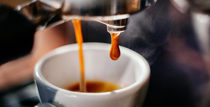 Marzysz o ekspresie do kawy? Wybierz sprzęt poleasingowy!
