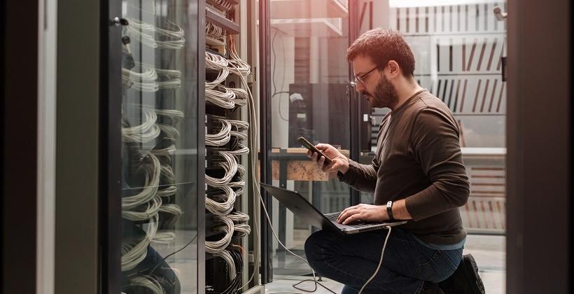 Jak wybrać optymalny serwer dla firmy?