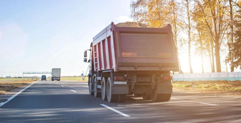 Co wziąć pod uwagę podczas wyboru firmy transportowej?