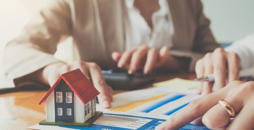 Na czym polega obsługa nieruchomości przez Sim Property Group?