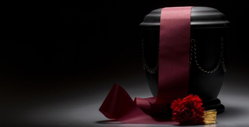 Tradycyjny pochówek a pogrzeb kremacyjny