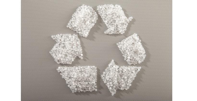 Jak przebiega recykling odpadów z PVC?