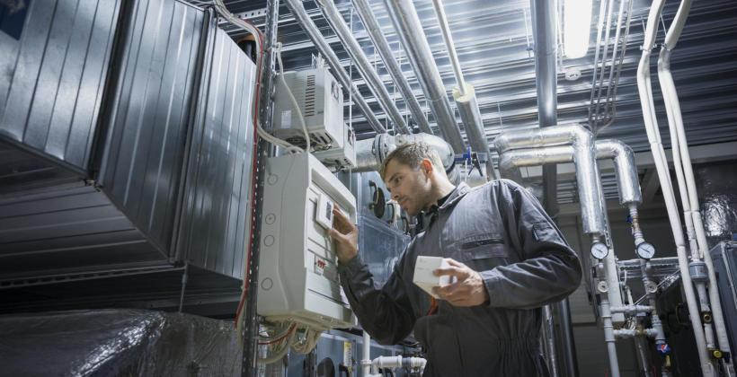 Spalarnie odpadów komunalnych - wady i zalety - czemu istotna jest automatyzacja i odpylanie spalin?