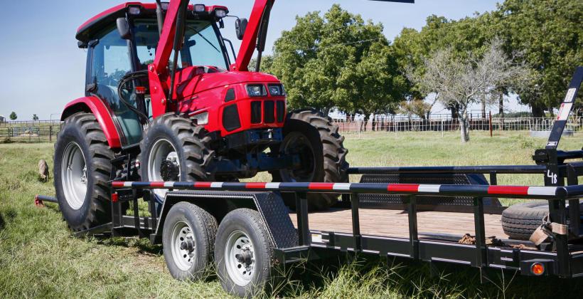 Transport maszyn rolniczych w ofercie firmy Lmt Transport