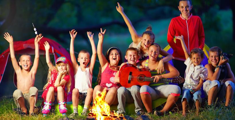 Morze, góry czy Mazury – gdzie posłać dziecko na letnie wakacje?