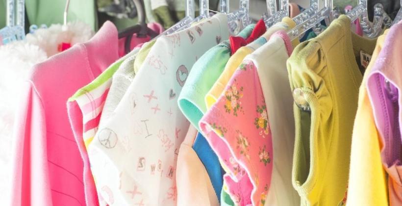Czy warto kupować ubranka dziecięce online?