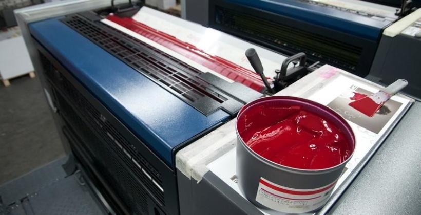 Charakterystyka farb drukarskich UV