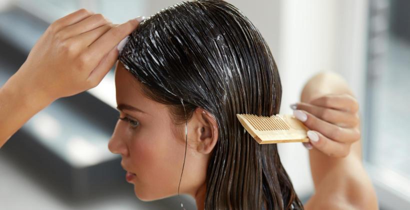 Jak w odpowiedni sposób zadbać o włosy?
