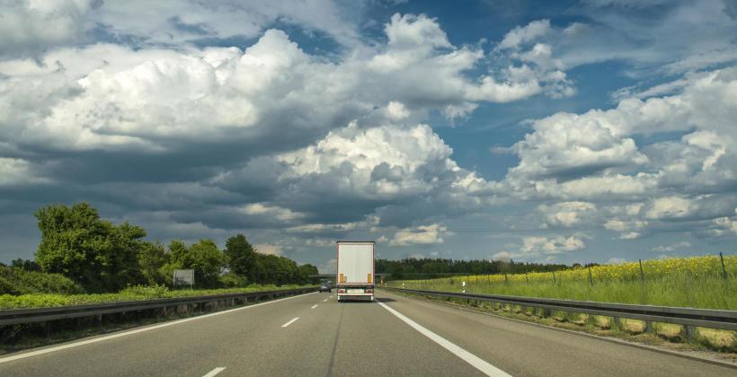 Tranzyt towarów – co musisz o nim wiedzieć?