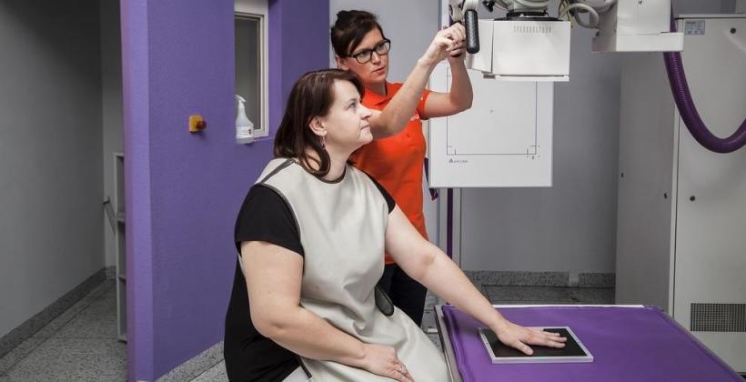 Co warto wiedzieć o pośredniej radiografii cyfrowej?