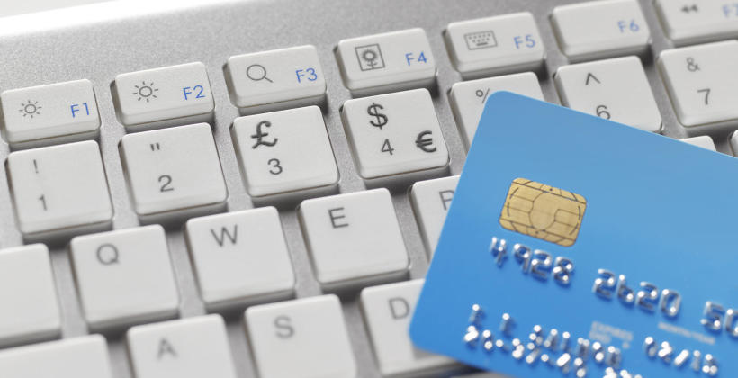 Czym jest social commerce?