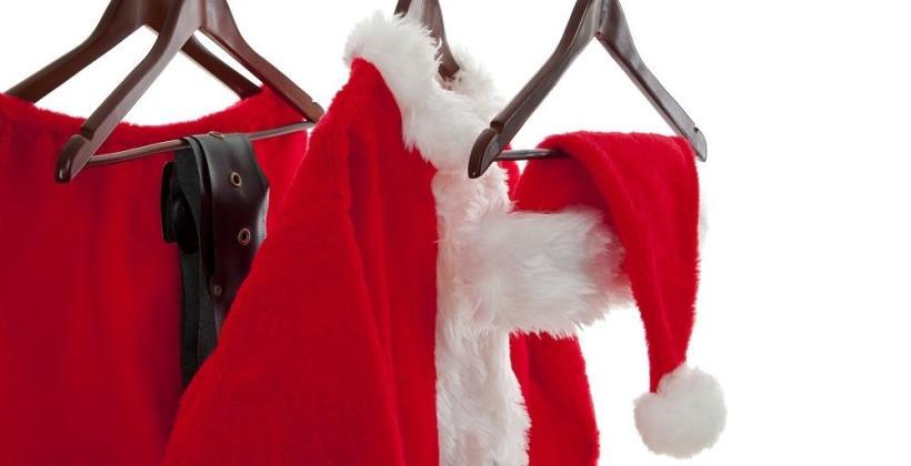 Z jakich materiałów mogą być wykonane stroje św. Mikołaja?