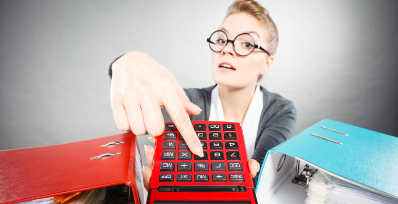Kto może przeprowadzić kontrolę w firmie i jakie uprawnienia mają kontrolerzy?