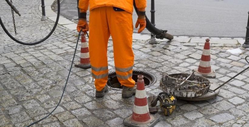 Jak często czyści się sieci kanalizacyjne?