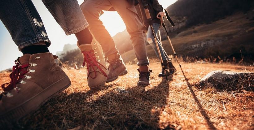 Idealne buty trekkingowe i do uprawiania nordic walkingu - jakie powinny być?