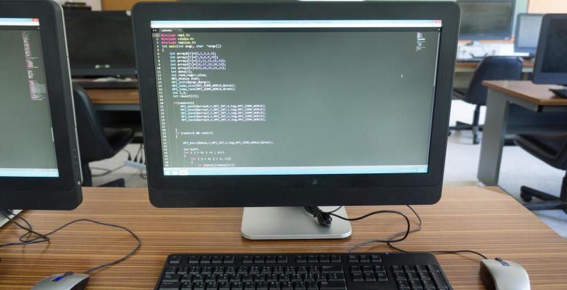 Używany monitor – wysoka jakość i niska cena