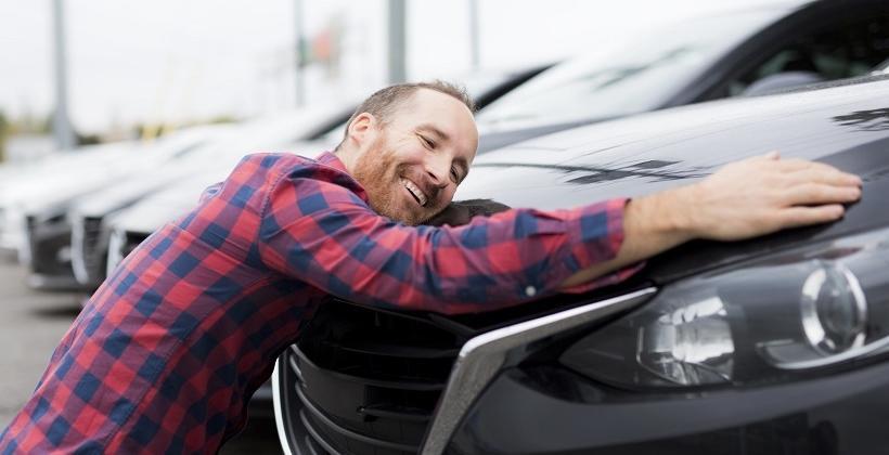 Samochód nowy kontra używany – który warto zakupić?