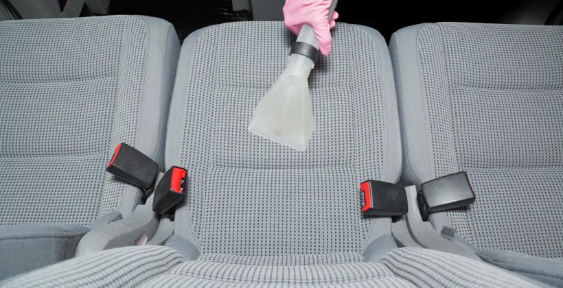 Czym dokładnie zajmują się zakłady tapicerstwa samochodowego?