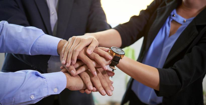 Jak budować współpracę i zaufanie w zespole?