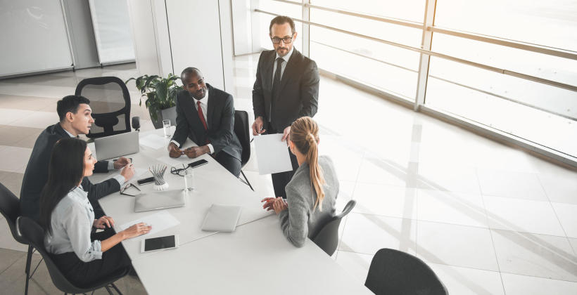 Czym jest szefowskie exposé?