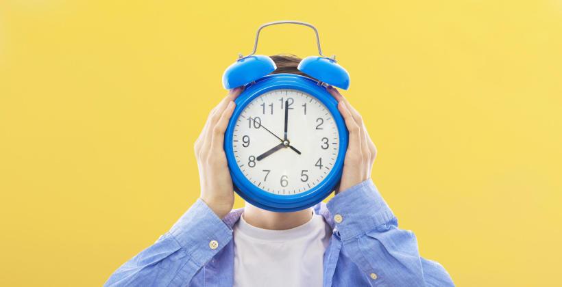 Ile godzin snu potrzebujesz? Mit 8 godzin snu