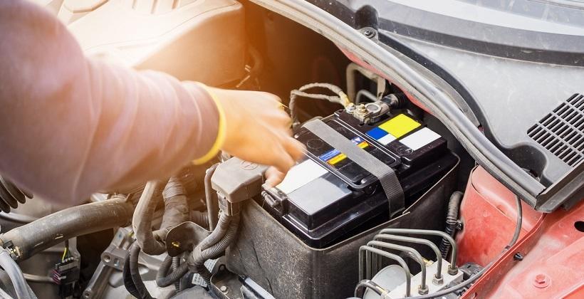 Co może spowodować awarię akumulatora w samochodzie?