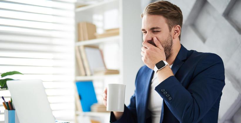 Wrogowie snu. Jakie są przyczyny problemów ze snem i jak z nimi walczyć?