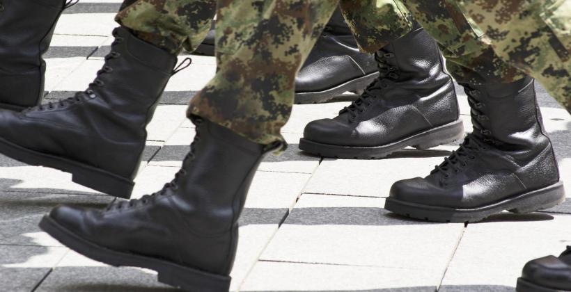 Elementy wojskowych mundurów galowych