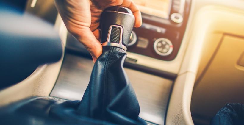 Typowe usterki manualne skrzyni biegów – jak do nich nie dopuścić?
