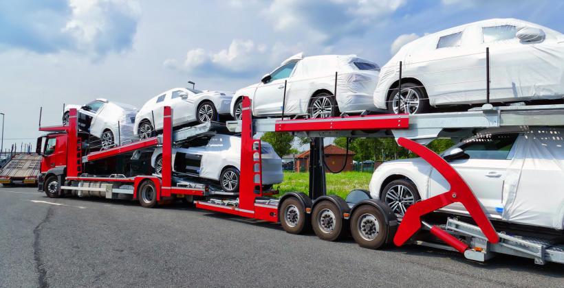Transportowanie samochodów zza granicy
