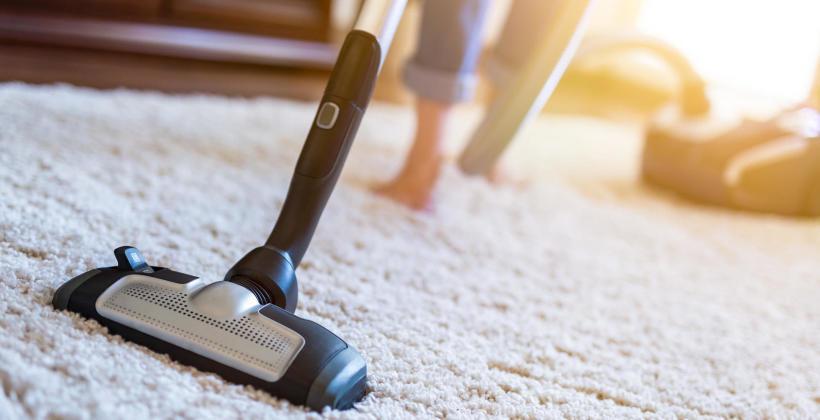 Niezawodne sposoby na czyszczenie dywanów