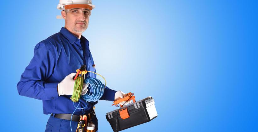 Przegląd instalacji elektrycznej w firmie