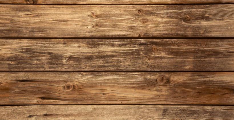Elewacje z deski drewnianej czy kompozytowej?