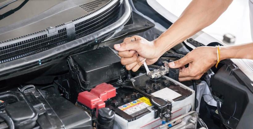 Jak wymienić akumulator?