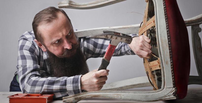 Czym powinien się charakteryzować dobry tapicer?
