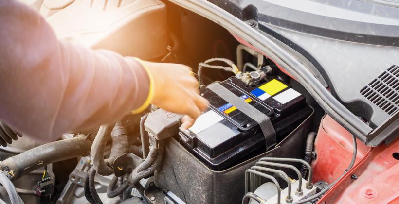 Jak wybrać akumulator samochodowy?