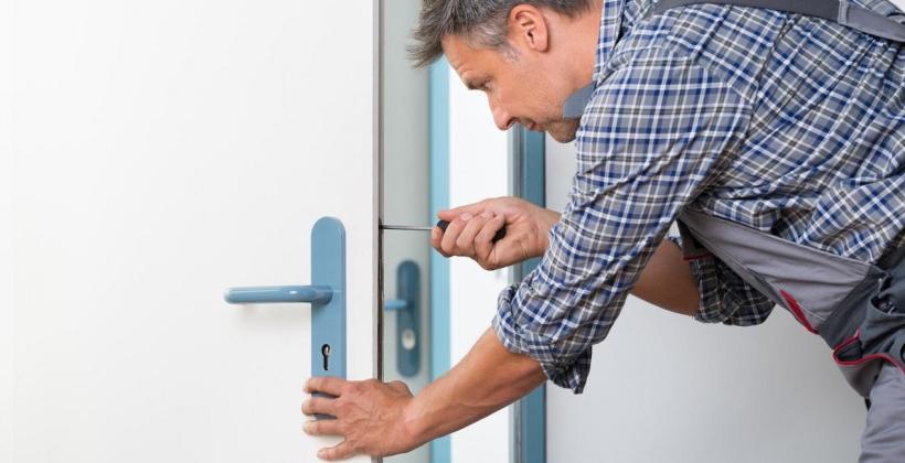Zepsuł Ci się zamek w drzwiach? Skorzystaj z pogotowia zamkowego
