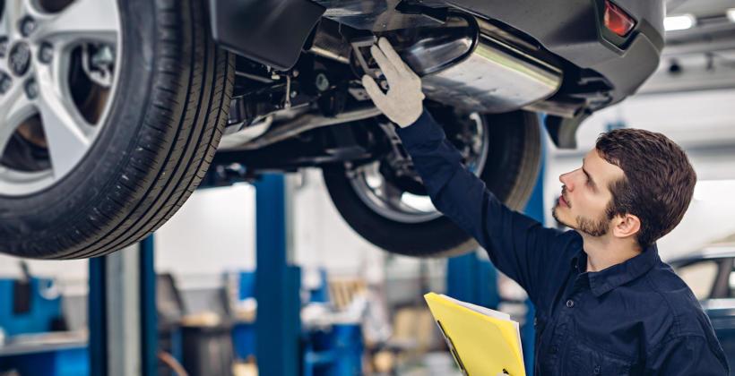 Czym dokładnie może się zająć specjalistyczny zakład mechaniki pojazdowej?