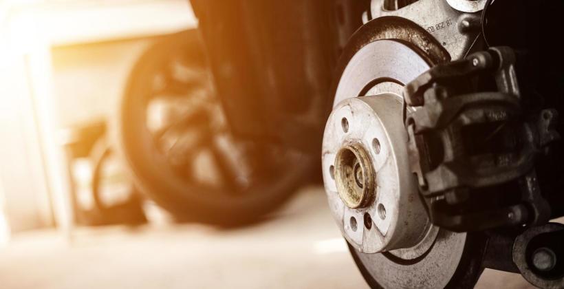 Mechanicy samochodowi – wiedza i doświadczenie