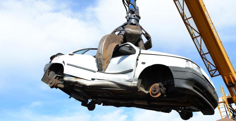 Jak dokładnie wygląda kasacja samochodu?