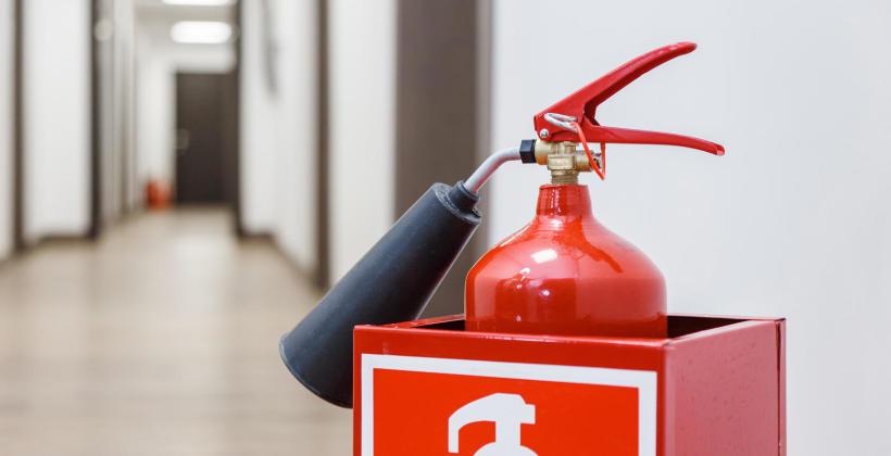 Jaki rodzaj gaśnicy najlepiej sprawdzi się w Twoim biurze?