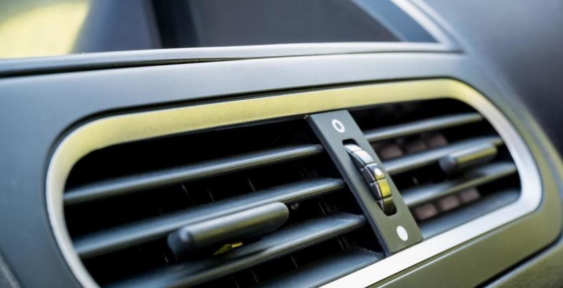 Dlaczego należy regularnie dokonywać przeglądu samochodowej klimatyzacji?