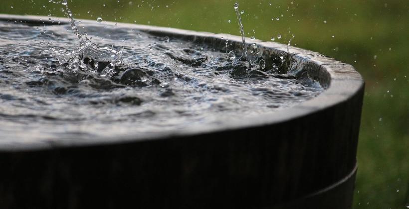 Odkryj sposoby na wykorzystanie wody deszczowej