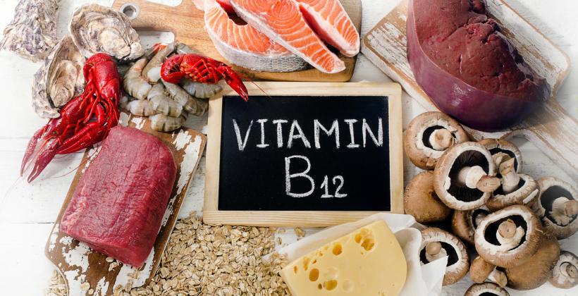 Witamina B12 – kiedy powinieneś ją suplementować?