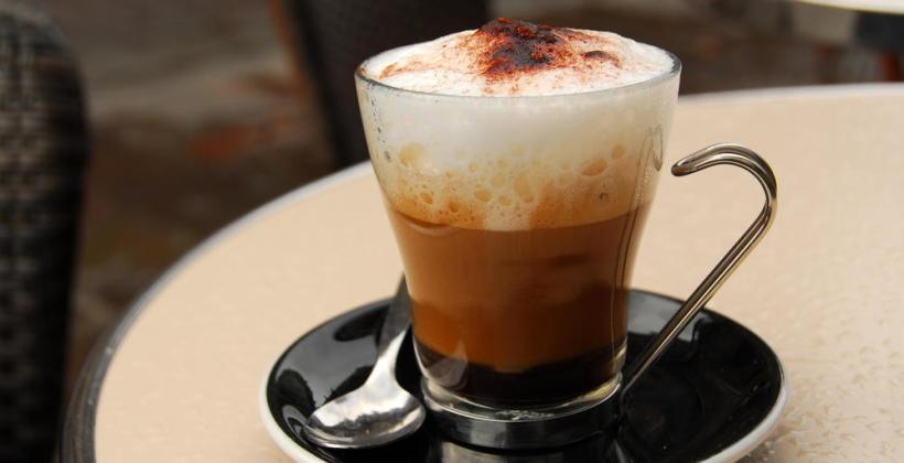 Najpopularniejsze rodzaje kaw, które znajdziesz w każdej kawiarni