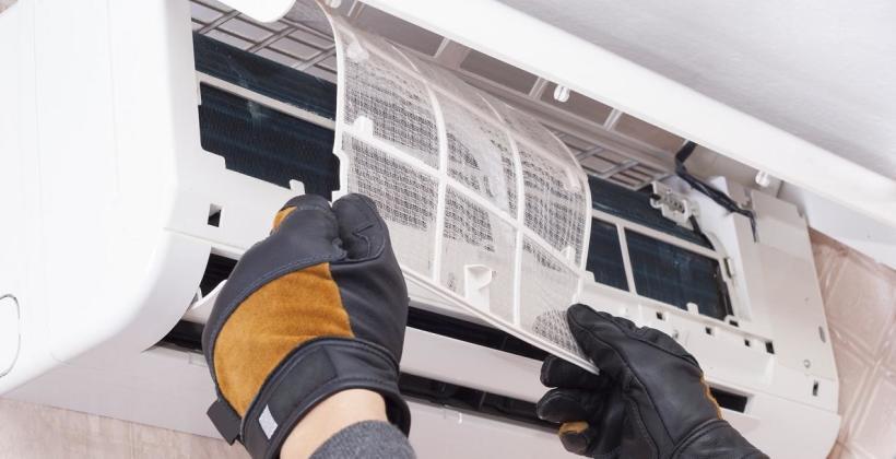 Znaczenie regularnego czyszczenia systemów klimatyzacji