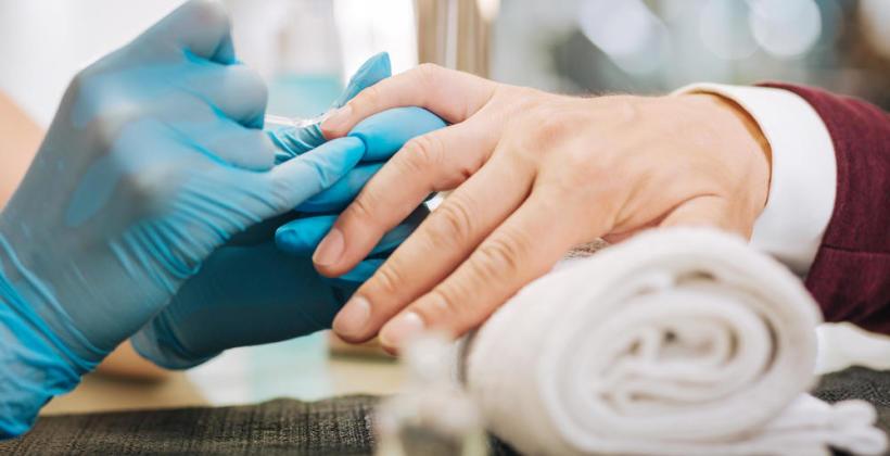Manicure dla mężczyzn – dlaczego powinieneś regularnie z niego korzystać?