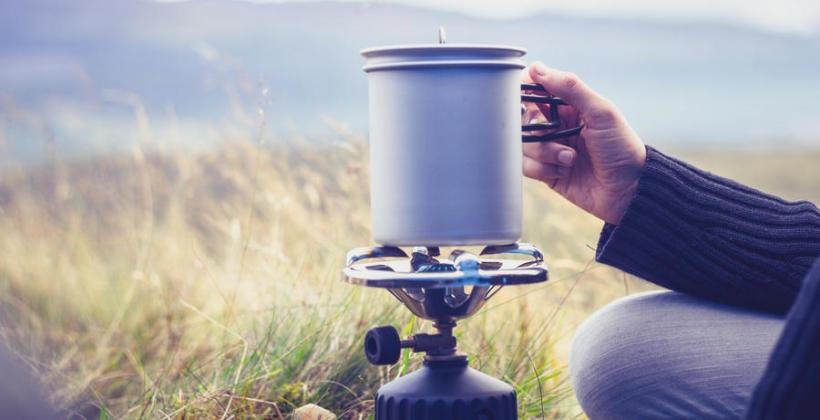 Kuchenki turystyczne - jaką wybrać na biwak, a jaką na górską wyprawę?