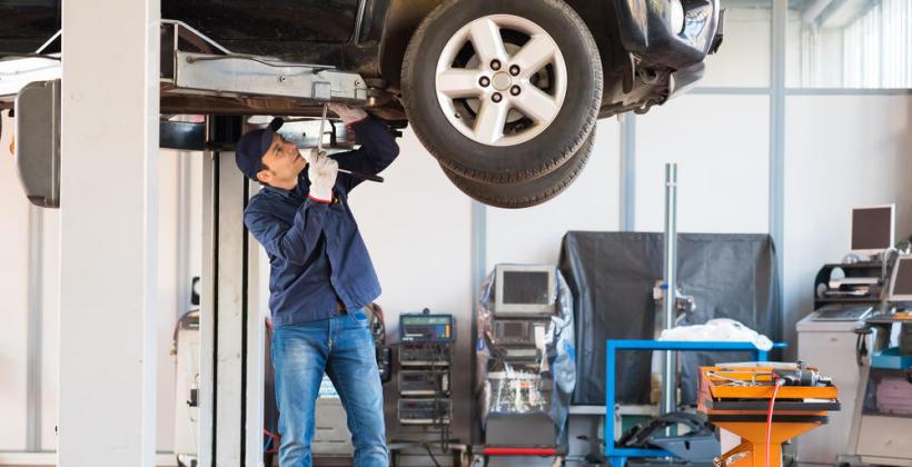 Jak często powinno się wymieniać olej silnikowy?