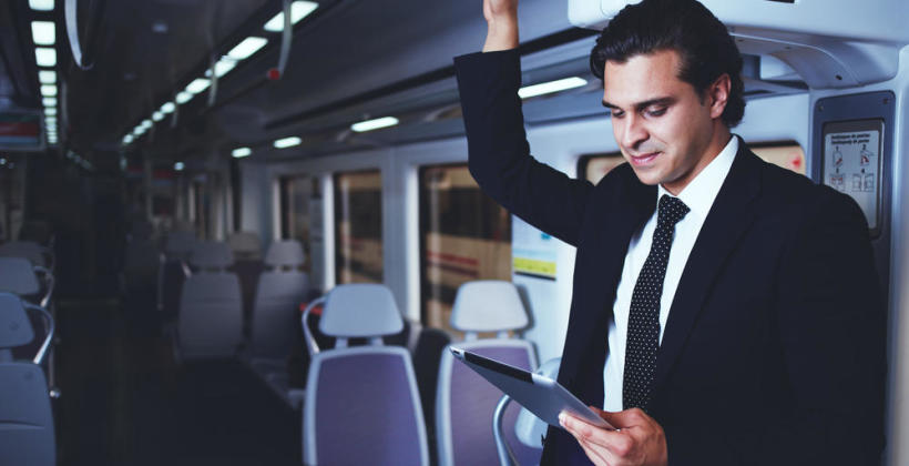 TOP 6 – E-booki, które warto przeczytać w drodze do pracy
